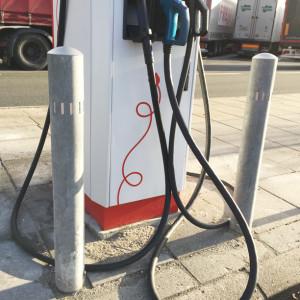 Pullerter ved benzinstander