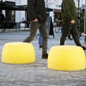 Lightdrops bænke og plinte, Kongensgade, gågaden i Esbjerg.