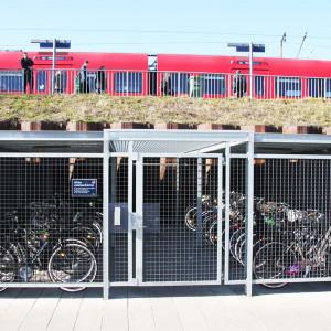 Ishøj Stationsforplads, Cykeloverdækning