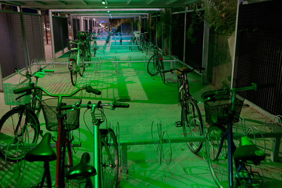 Ishøj Stationsforplads, cykelstativer