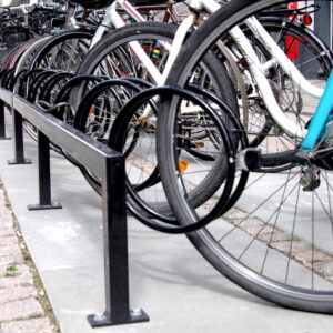 Keep cykelstativer, 45 grader og pulverlakeret i Aarhus midtby.