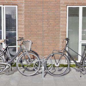 Y dobbelt cykelstativ fra Flexys fra Risskov Engpark